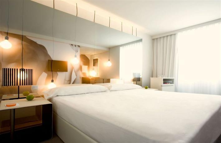 Room Mate Oscar - dream vacation