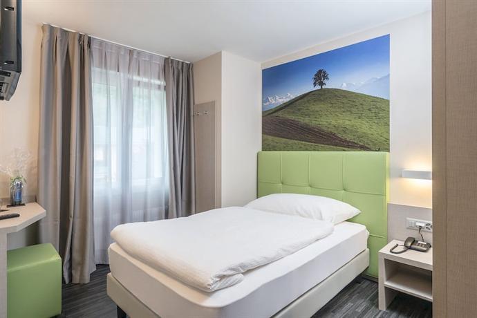 Adhhoc Hotel - dream vacation