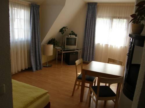 Hotel Pension Zu Dresden - dream vacation