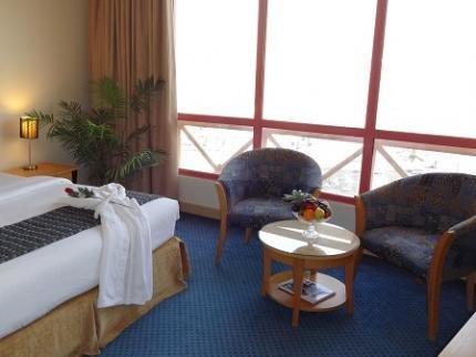 Days Hotel Manama - dream vacation