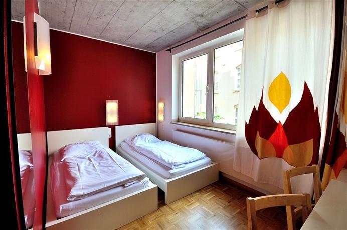 Five Elements Hostel Frankfurt - dream vacation