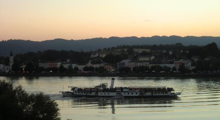 Hotel Restaurant Faustschlossl Feldkirchen an der Donau - dream vacation