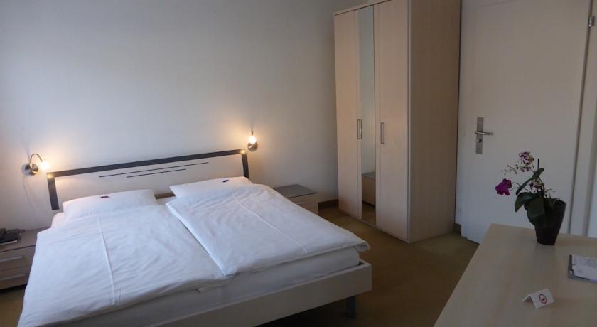 Hotel AM Schloss Thun - dream vacation