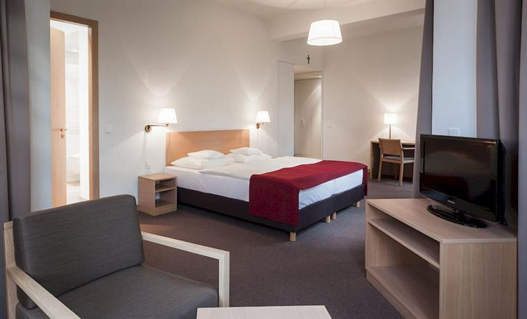 Kardinal-Schulte-Haus - dream vacation
