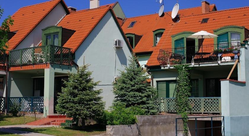 Bacchus Hotel Panzio - dream vacation