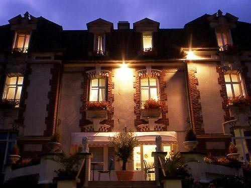 Hotel De La Plage Ouistreham - dream vacation