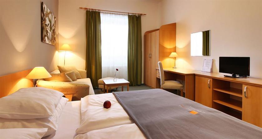 City Apart Hotel Brno - dream vacation
