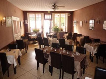 Le Saint Hubert Hotel Haybes - dream vacation