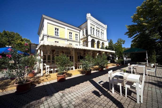 Hotel Astoria Balatonfured - dream vacation