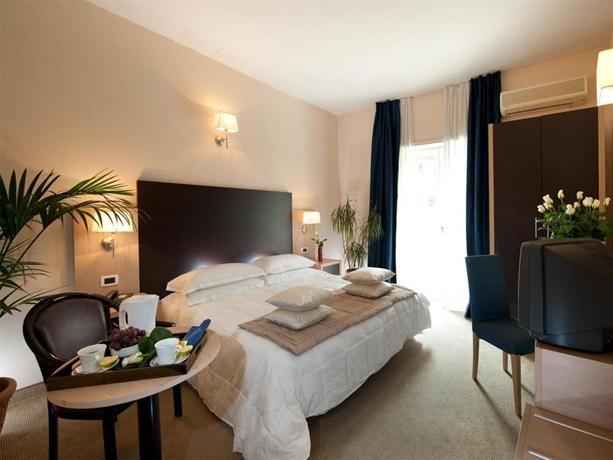 Hotel Club House Roma - dream vacation