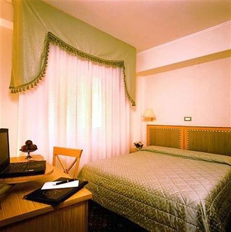 Hotel Touring Pisa - dream vacation