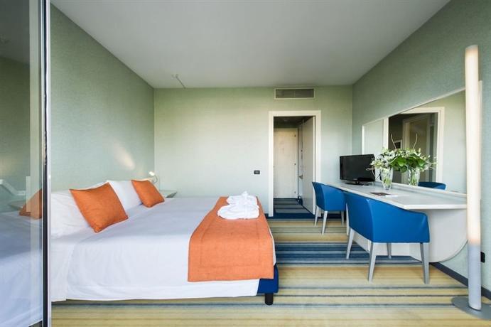 Viest Hotel