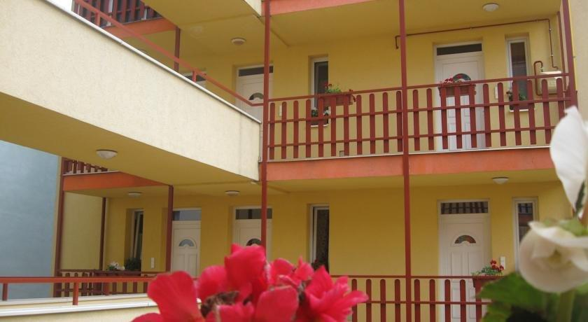 Orel Residence - dream vacation