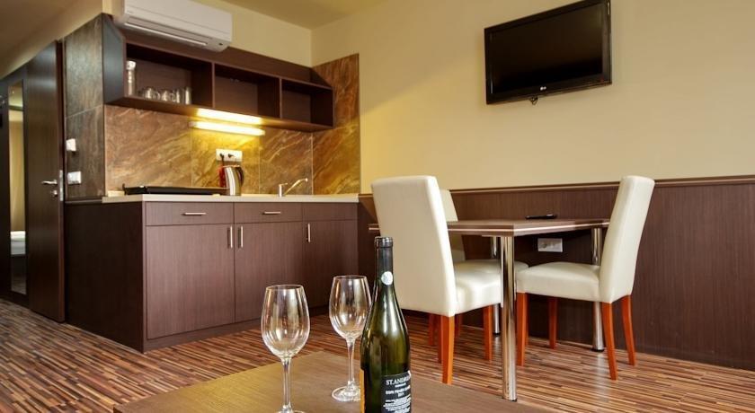 Hotel Corvin Gyula - dream vacation