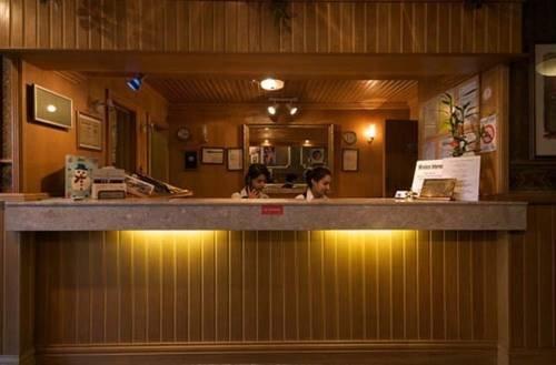 Castle Hotel Merthyr Tydfil - dream vacation