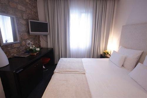 Hotel Astoria Budva - dream vacation