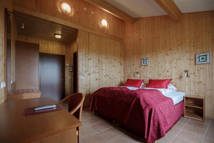 Hotel Katla Hofdabrekka - dream vacation