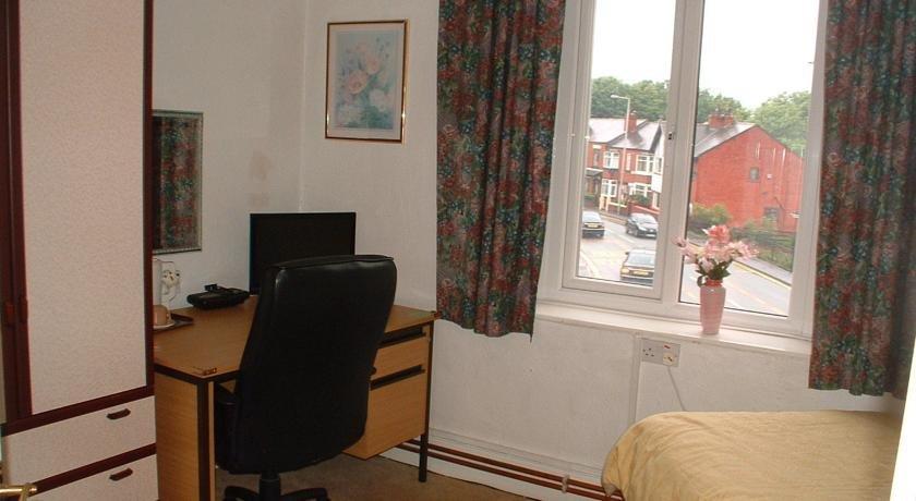 Coaching Inn Hotel Wigan - dream vacation