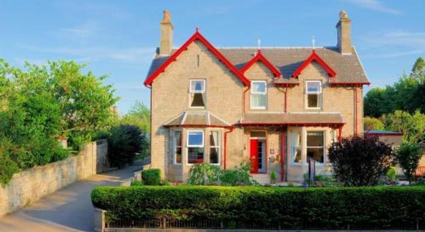 West End Guest House Elgin Scotland - dream vacation