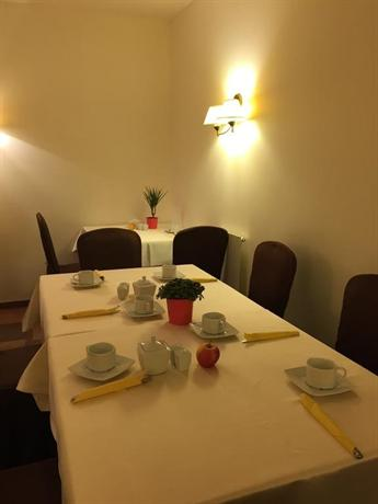 Hotel Parnas Old Town - dream vacation