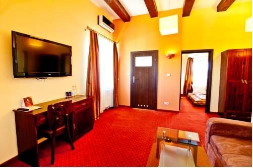 Dwa Bratanki Hotel Rzeszow - dream vacation