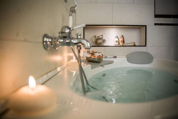 Victoria Hotel Trieste - dream vacation