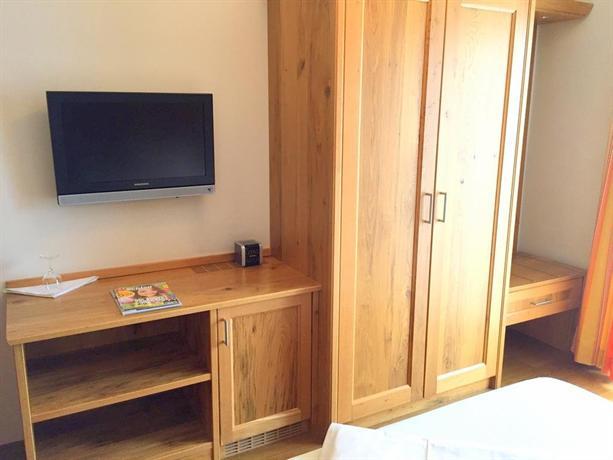 Hotel & Gasthof Lowen - dream vacation