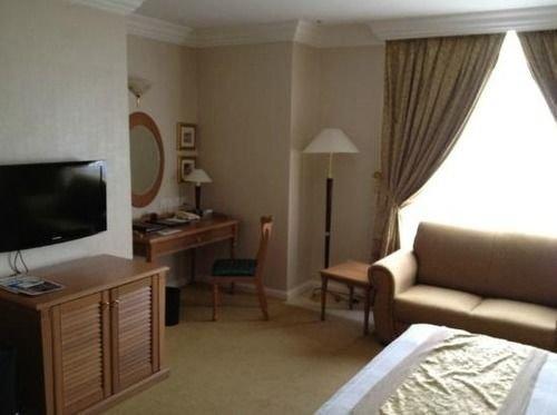 Merdeka Palace Hotel - dream vacation