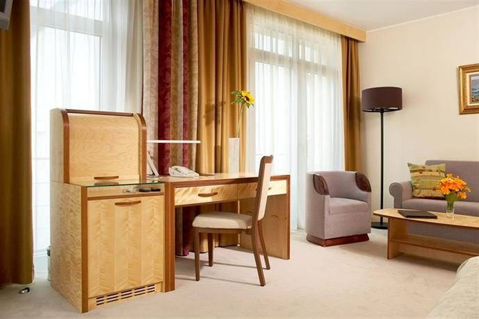 Royal Square Hotel & Suites - dream vacation