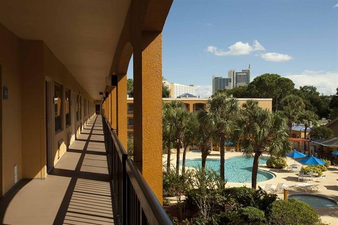 Quality Suites Orlando - dream vacation