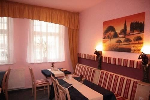 Stadtparkhotel Schwedt - dream vacation