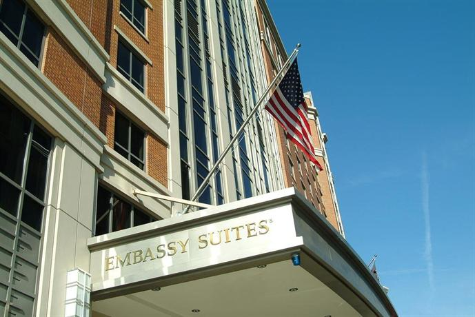 embassy suites washington convention center washington d. Black Bedroom Furniture Sets. Home Design Ideas