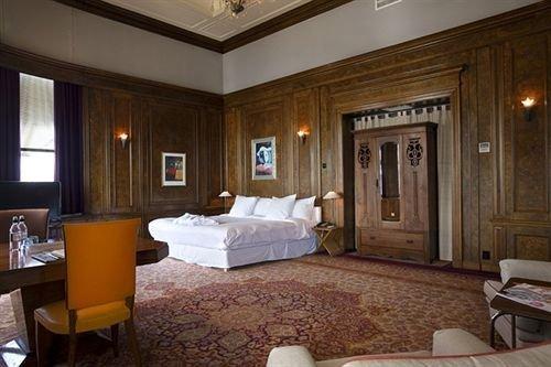 Hotel New York Rotterdam - dream vacation