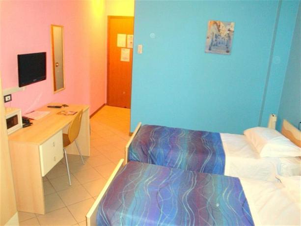 Central Hostel BG Bergamo - dream vacation
