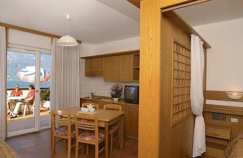 Residence Castelli Brenzone - dream vacation