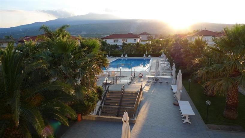 King\'s House Hotel Resort Mascali - dream vacation