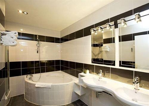 Quality Hotel Bordeaux Centre - dream vacation