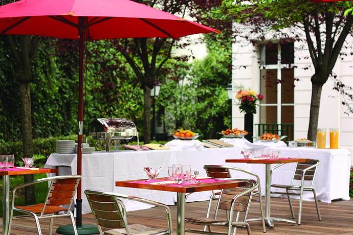 Hotel vacances bleues villa modigliani parigi offerte for Hotel modigliani parigi