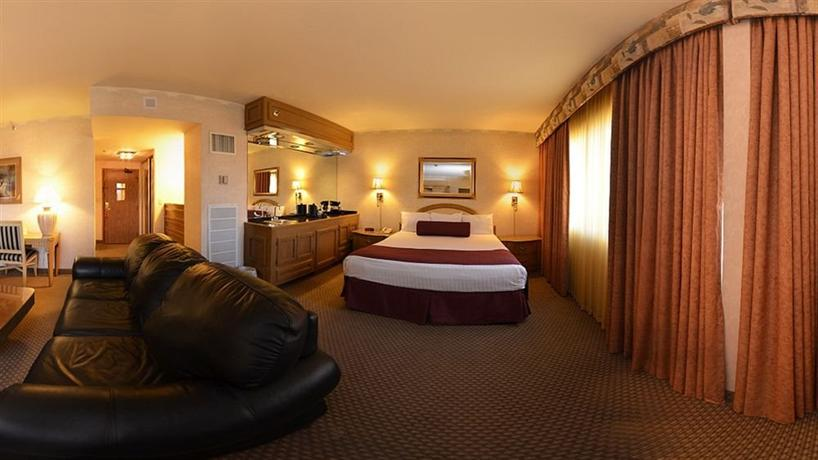 Four Queens Hotel and Casino, Las Vegas - Compare Deals