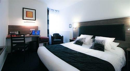 City Hotel Beauvais - dream vacation