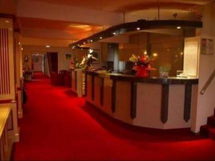 Acropole Hotel Bernay - dream vacation