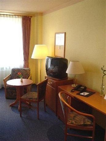 Hotel Rothenburger Hof Dresden - dream vacation