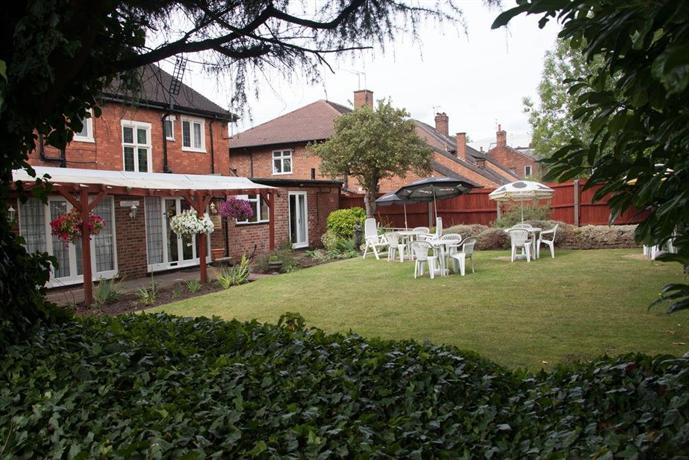 Tudor Lodge Hotel Nottingham - dream vacation