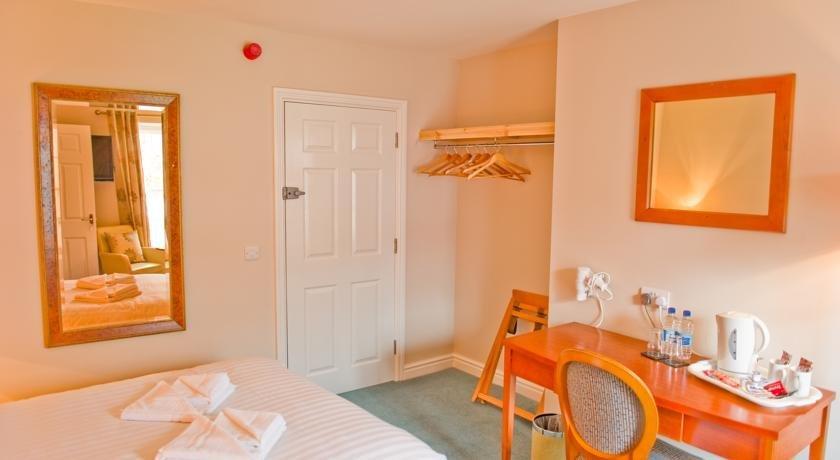 Four Seasons Hotel Aberystwyth - dream vacation
