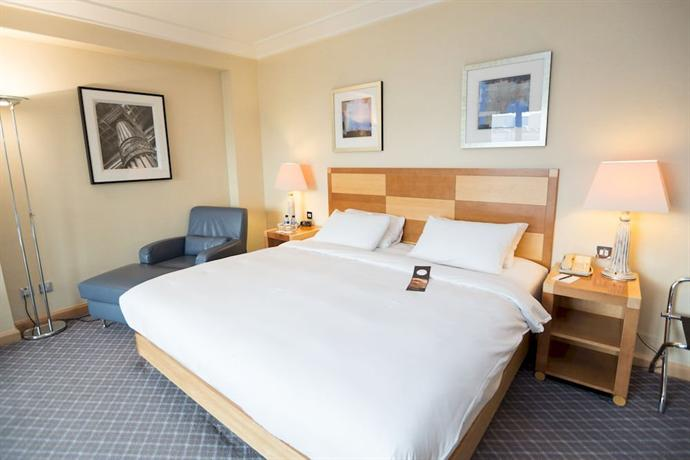 Hilton London Gatwick Airport - dream vacation