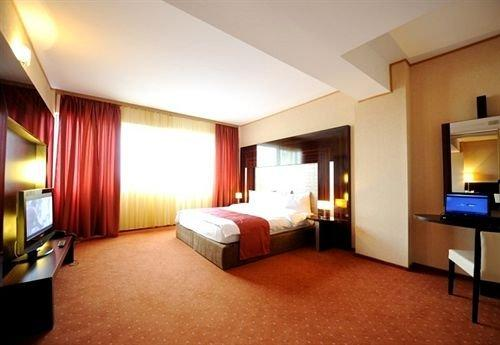 Rin Airport Hotel - dream vacation