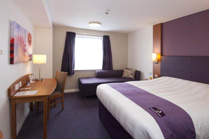 Premier Inn Southampton Airport - dream vacation