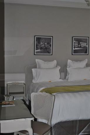 Grand Hotel De La Reine - dream vacation