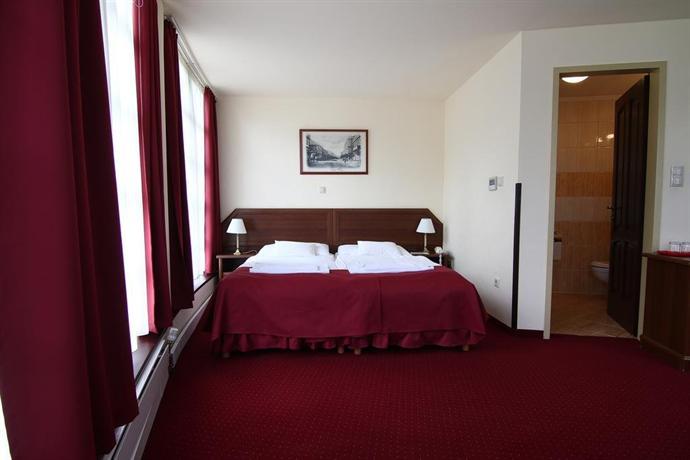 Hotel Kitty - dream vacation