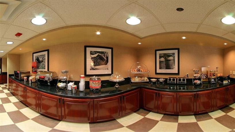 hampton inn suites phoenix scottsdale compare deals. Black Bedroom Furniture Sets. Home Design Ideas